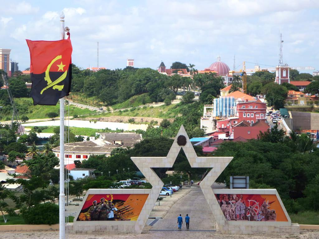 angola pays en afrique centrale