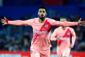 FC barcelone vs Getafe, but de suarez