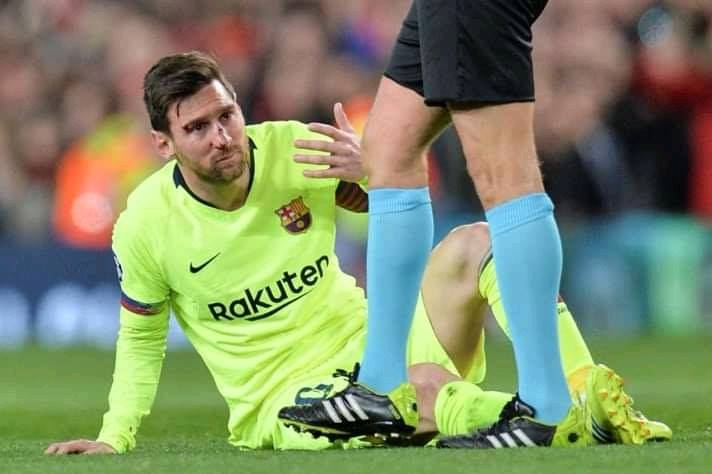 blessure de lionel messi manchester united barcelone