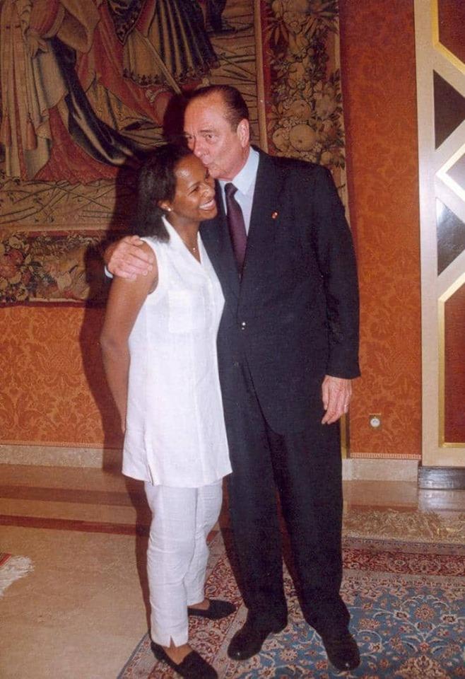 yasmina ouegnin hommage chirac